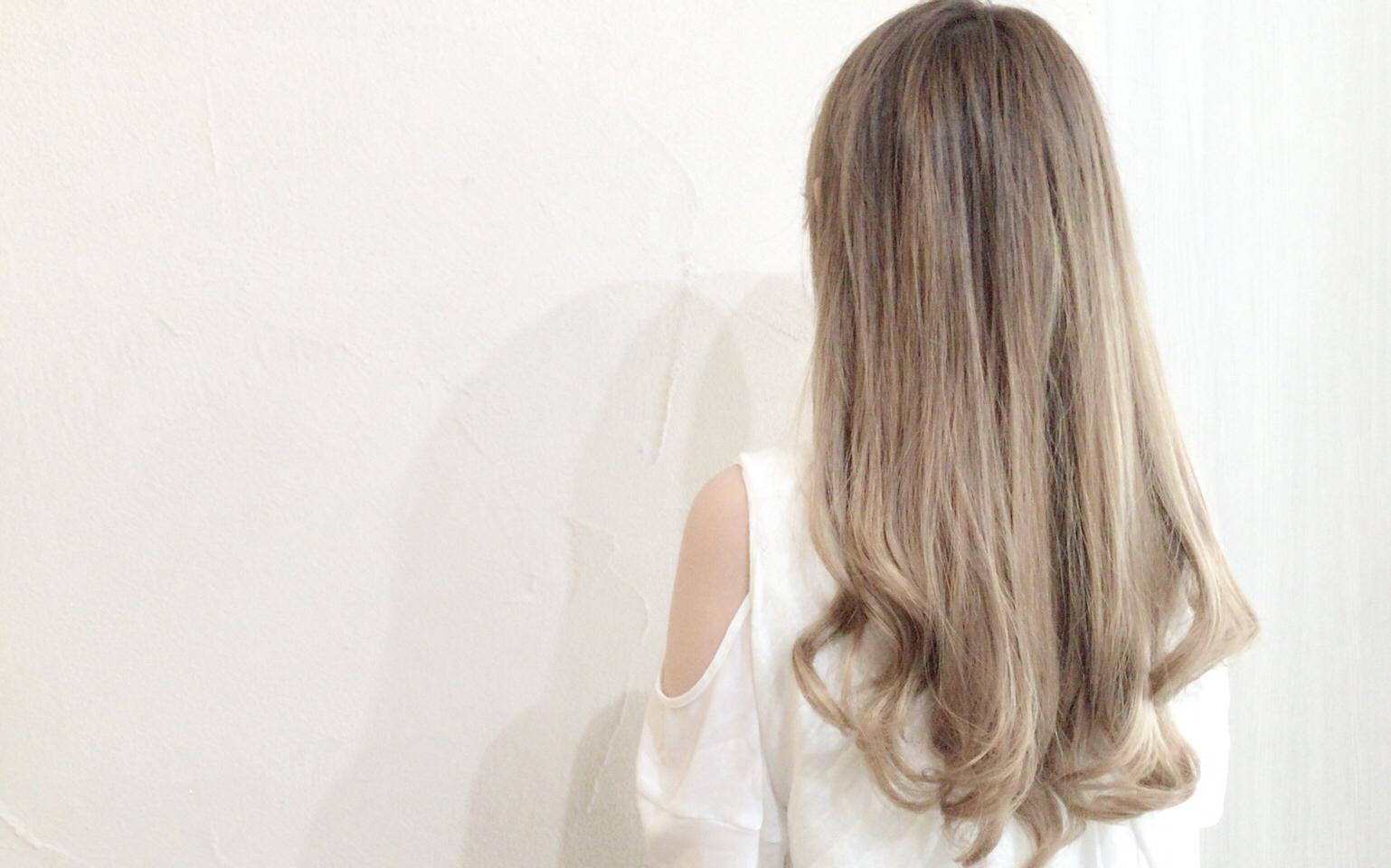 #秋にオススメな髪色 ブリーチを使ったシアーグレーカラーまとめ